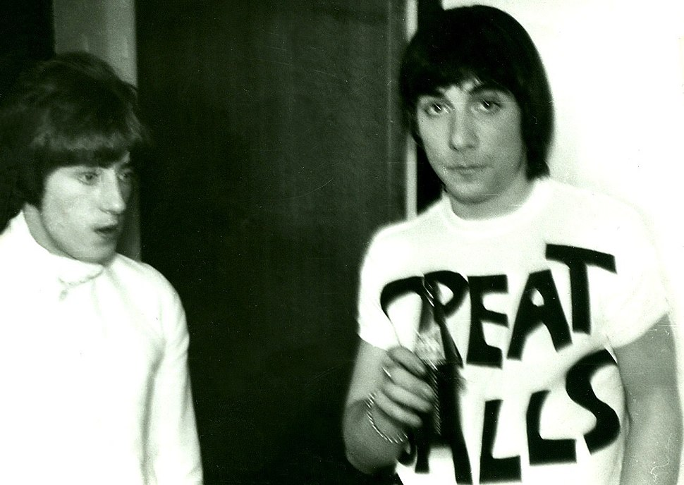 Roger Daltrey -left and Keith Moon-right 1967