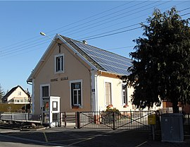 Romagny-sous-Rougemont, Mairie-école.jpg