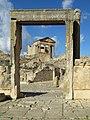 Roman Forum (39937987381).jpg