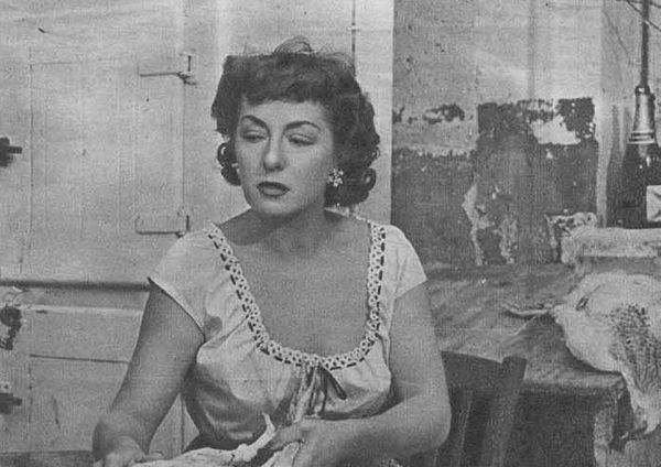 Photo Viviane Romance via Wikidata