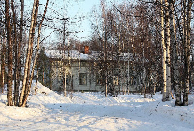 File:Rommakkokatu 1 Oulu 20110331.jpg