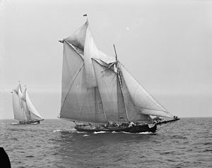 Gaff rig - The gaff-rigged schooner Rose Dorothea won the 1907 Lipton's Cup, despite a broken foretopmast (pictured)