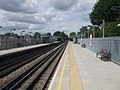 Ruislip Manor stn look west.JPG