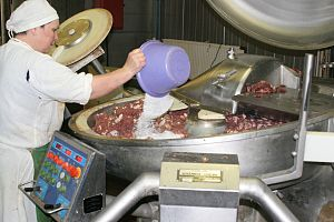Sausage making - Small scale industrial manufacturing in Russia