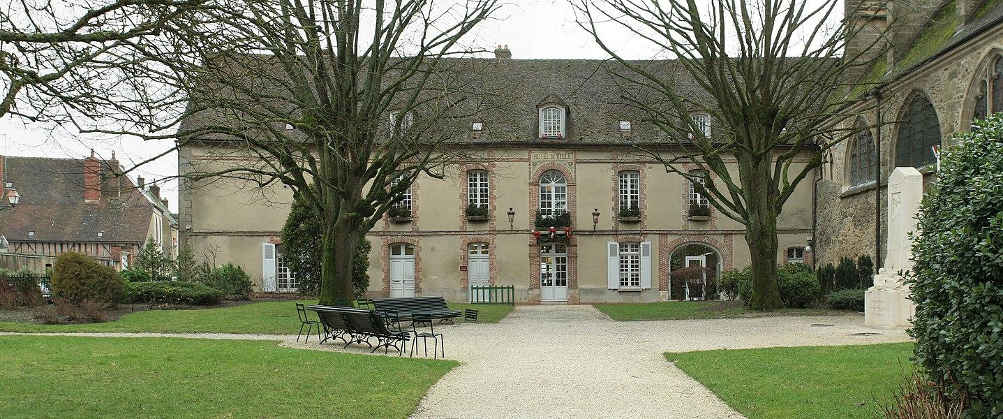 Hôtel de ville de Sézanne (Marne). Vue d'ensemble de la façade.