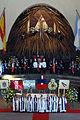 Sacerdotes y Militares en ceremonia en el Templo Votivo de Maipú.jpg