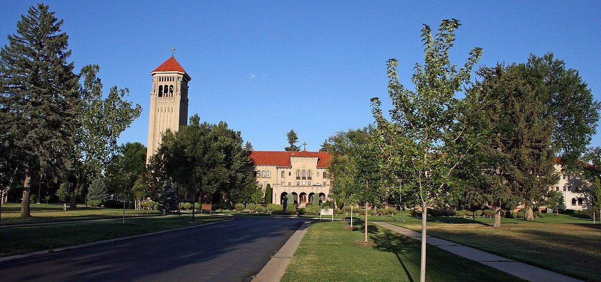 A campus visit - 1 9