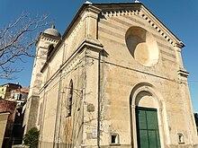 Il santuario di Nostra Signora delle Grazie nella frazione di San Bernardino