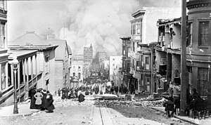 1906 San Francisco earthquake - Arnold Genthe's photograph, looking toward the fire on Sacramento Street