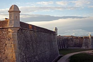 Siege of Figueras (1811) - Sant Ferran Fortress is located on a hill near Figueres.