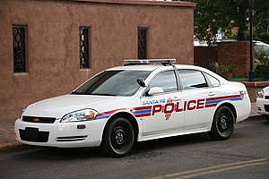 English: Police cruiser in Santa Fe, New Mexico