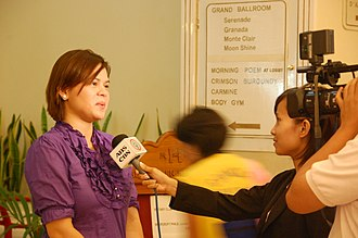 Sara Duterte - Duterte being interviewed by the ABS-CBN News Crew in March 12, 2009 when she was still Vice Mayor.