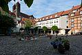 Schlossmuehle Quedlinburg Hof mit Blick auf Stift.JPG