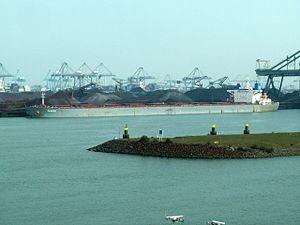 Seakoh - IMO 9181118 - Callsign 3FWI9 , Mississippi harbour, Port of Rotterdam, Holland 23-Apr-2006.jpg