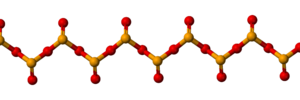 Selenium - Structure of the polymer SeO2: The (pyramidal) Se atoms are yellow.