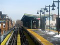 Seneca Avenue station from approaching train, December 2017.JPG