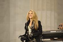¿Sabias Que..? 220px-Shakira_at_Obama_Inaugural