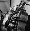 Sibelius-Akatemian orkesterin kontrabassonsoittajia - N211120 - hkm.HKMS000005-0000045d.jpg