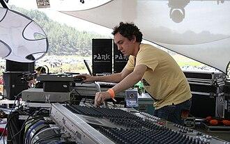 Hallucinogen (musician) - Simon Posford at Soulclipse in Turkey, March 2006