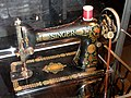 Singer Sewing Machine, date unknown - Franklin Institue - DSC06676.JPG