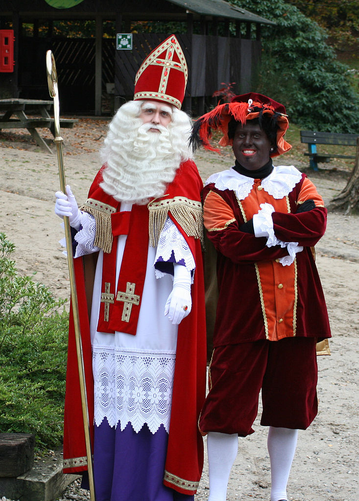 Wake up post pictures of santa from different countries funny