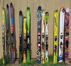 Four groups of different ski types cead2fec9