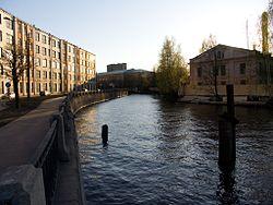 Smolenka river SPb.jpg