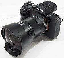 sony fe 28mm f2 wikipedia