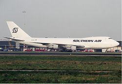 Southern Air Transport Boeing 747-200 Spijkers.jpg