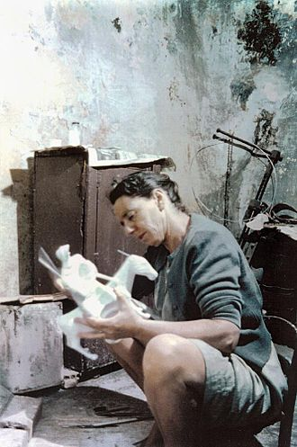 Leonard and Kathleen Shillam - Image: State Lib Qld 1 230955 Kath Shillam in Athens working on plaster for Donkey Woman II, in the wash house at Plaka, 1961