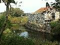 Staw księdza (zbiornik wody pitnej) , obok budynek pola namiotowego - panoramio.jpg