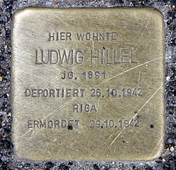 Photo of Ludwig Hillel brass plaque