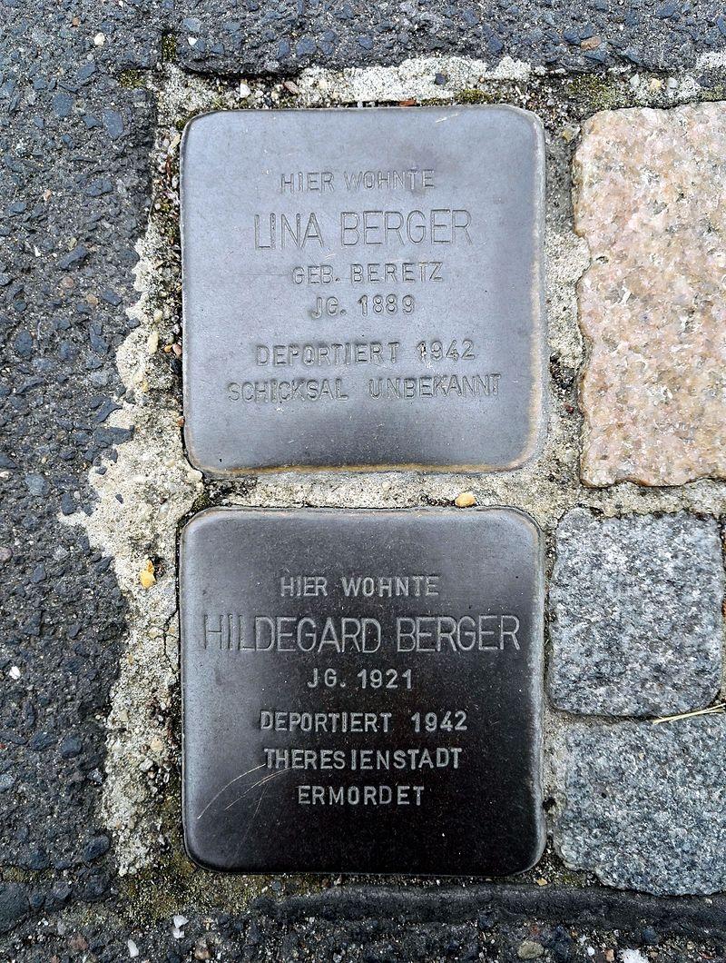 Stolpersteins Lina Berger, Hildegard Berger, Büttgasse 14, Bornheim.jpg