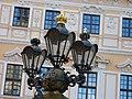 Straßenlaterne vor dem Taschenbergpalais (1290).jpg