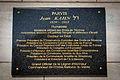 Strasbourg plaque mémorielle parvis Jean Kahn.jpg