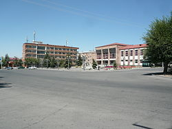 Talin place centrale.JPG