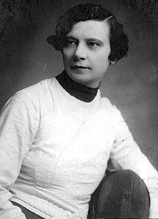Gizella Tary Hungarian fencer