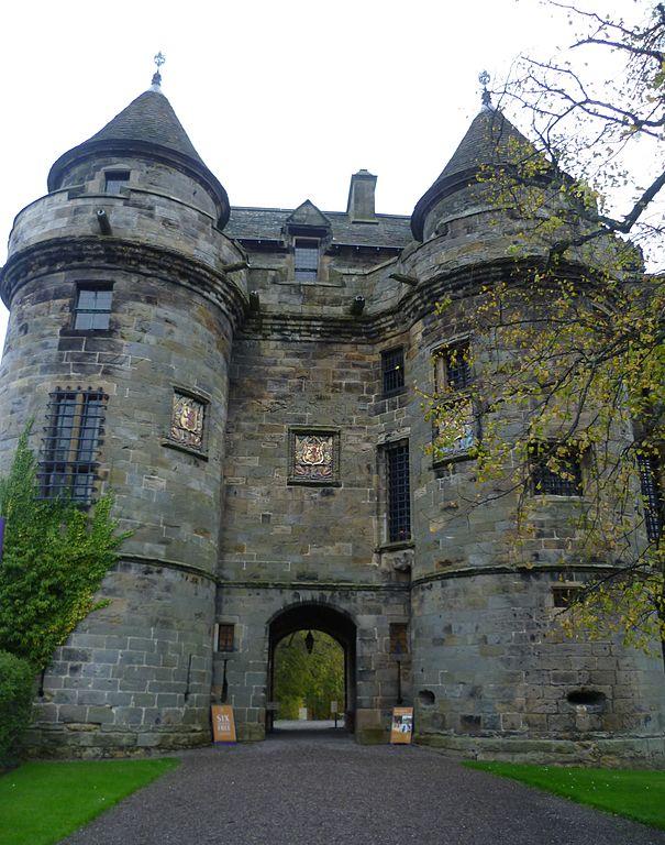 File The Gatehouse Of Falkland Palace Fife Scotland Jpg