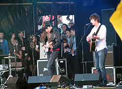 The Last Shadow Puppets at Glastonbury 2008.jpg