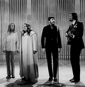 The Mamas & the Papas - (L-R): Michelle Phillips, Cass Elliot, Denny Doherty and John Phillips on the Ed Sullivan Show, 1968.