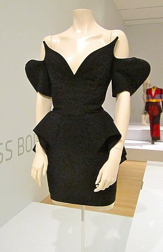 Thierry Mugler - Image: Thierry mugler dress
