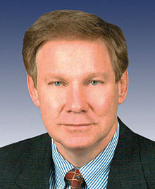 Tom Davis, official 109th Congress photo portrait, pictorial.jpg