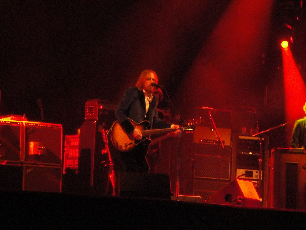 File Tom Petty The Heartbreakers At Isle Of Wight Festival 2012