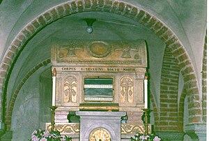 Foto eines prunkvollen Sarkophags