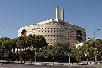Francisco Javier Sáenz de Oiza - Image: Torre triana 2011 10