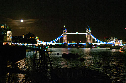 Tower Bridge at Night with Supermoon 12.08.2014 22-57-57