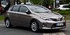 Toyota Auris 2.0 D-4D Executive (II) – Frontansicht, 1. Juni 2013, Düsseldorf.jpg