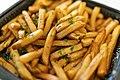 Truffle oil french fries (33024792848).jpg