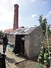 foto van Tuindersbedrijf Sonnehoeck: ketelhuis aan de noordzijde terrein van tuindersbedrijf Sonnehoeck