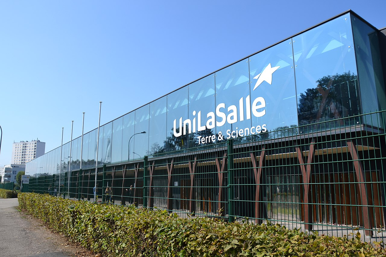 Building of Rouen - Mont-Saint-Aignan campus of UniLaSalle